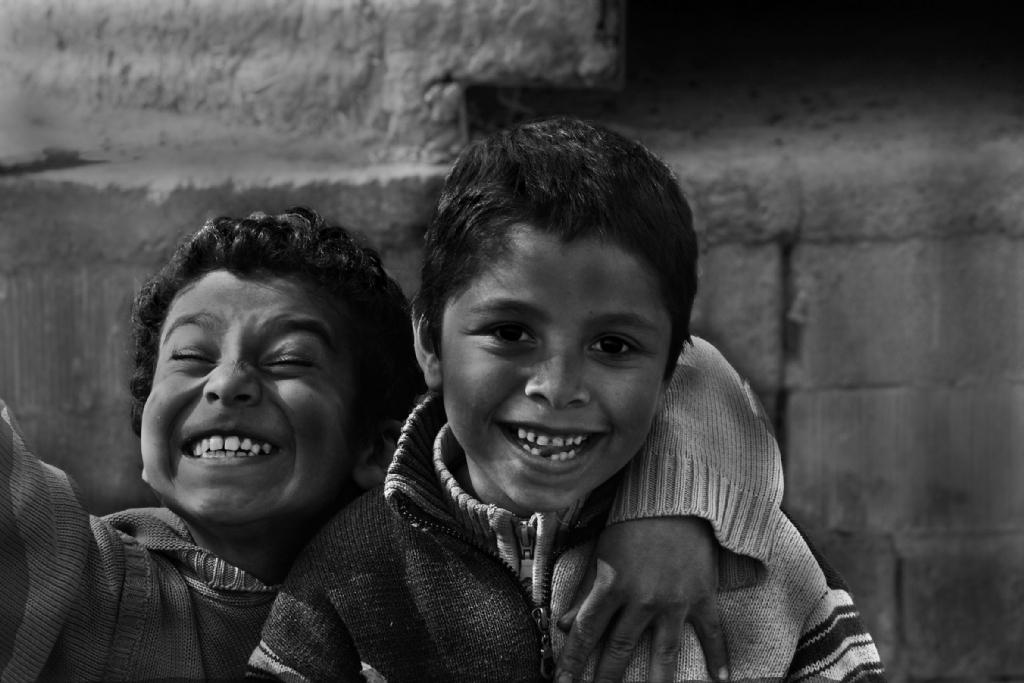 18354-ahmetkayaer-yoksulluk-ve-nese-7999-950px